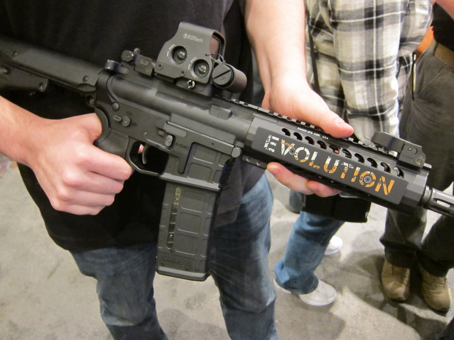 "Samson Evolution Series Rail System SHOT SHOW 2011 13 <!  :en  >Samson Evolution Series Rail System Outfitted Adams Arms 7.5"" PDW Piston AR SBR for Dynamic Close Quarters Battle (CQB) and Tactical Training: DARC Ready!<!  :  >"