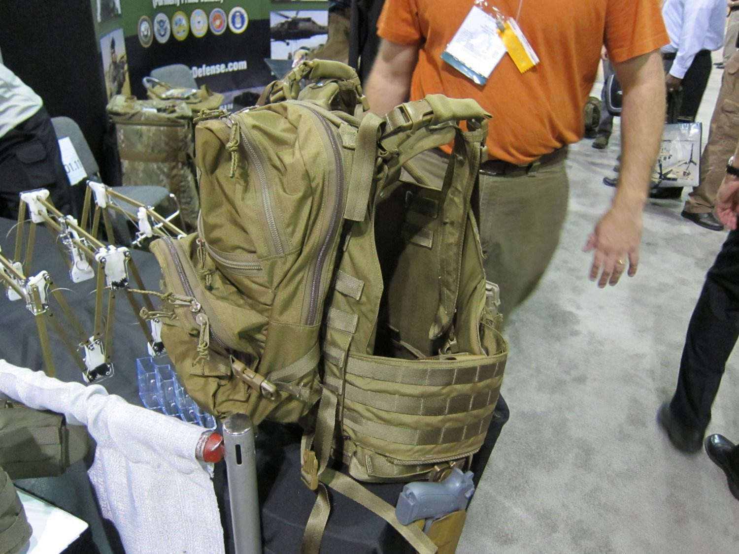 Archangel Armor Internal Frame Load Bearing System IFLBS Version 5 Tactical Armor Plate Carrier System SOFIC 2011 1 <!  :en  >Archangel Armor Internal Frame Load Bearing System (IFLBS) Version 5 Tactical Armor Plate Carrier/Tactical Vest System: Lighten your load when youre in combat mode!<!  :  >
