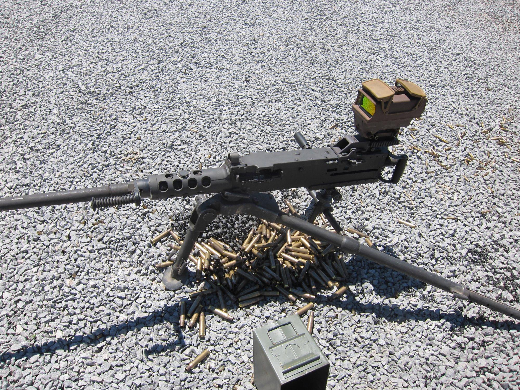 U.S. Ordnance M2HB QCB .50 BMG Heavy Machine Gun HMG David Crane Firing at Range DefenseReview.com DR 6 <!  :en  >U.S. Ordnance M2HB QCB (Quick Change Barrel) Ma Deuce .50 BMG Heavy Machine Gun (HMG) Equipped with Raytheon ELCAN SpecterHR Wide View Dual Red Dot Optical Gunsight Gets Test Fired at the Range (Video!)<!  :  >