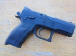 KRISS_USA_Sphinx_SDP_High-Capacity_Compact_Pistol_(9mm_Parabellum_.40_S&W_Caliber_)_SHOT_Show_2012_Media_Day_2