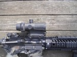 Lucid_HD7_Red_Dot_Sight_(RDS)_Windage_and_Elevation_Connection_Screws_Jeff_Gurwitch_DefenseReview.com_(DR)_1