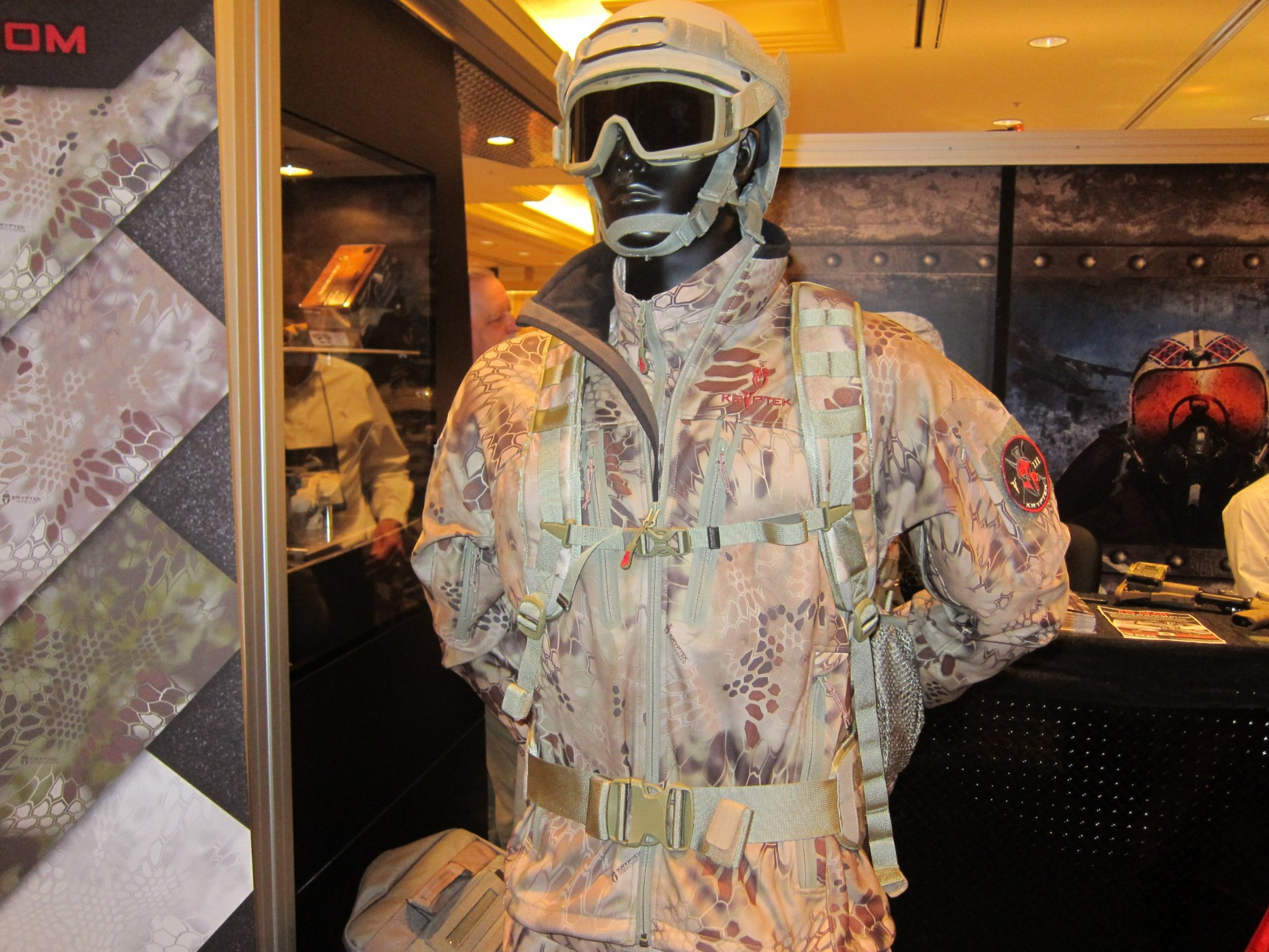 KRYPTEK LEAF Combat Camouflage Source One Distributing SOD Booth SHOT Show 2012 1 18 2012 DefenseReview.com DR 2 Kryptek LEAF/Camo Technologies 3 Dimensional (3 D)/Multi Directional Biomimetic Military Combat Camouflage (Camo) Patterns at SHOT Show 2012: Is the Armys Future Soldier Going Reptilian? (Video!)