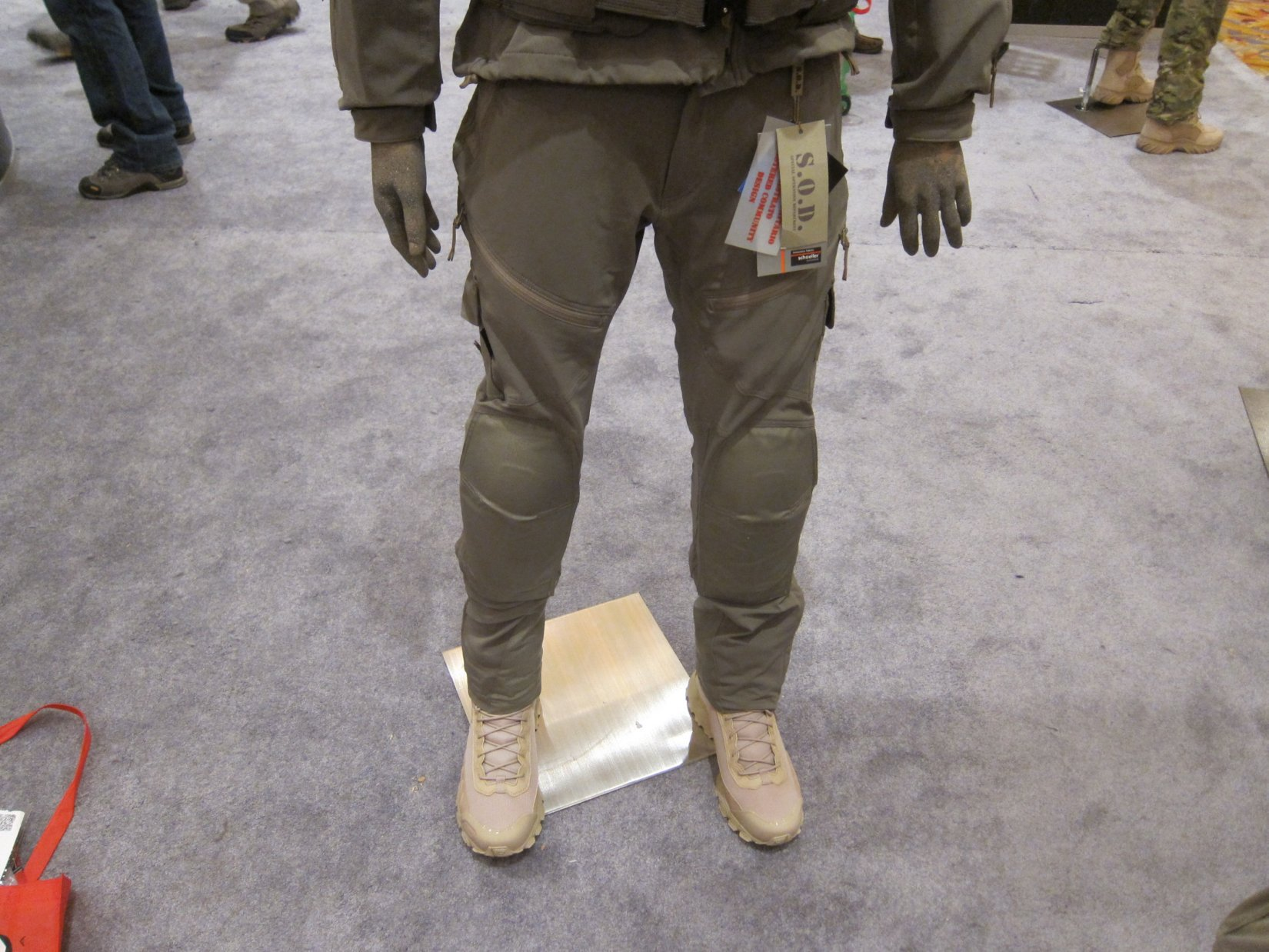SOD Gear Special Operations Department Gear Max Valente Italian Tactical Combat Clothing TangoDown SHOT Show 2012 1 17 2012 DefenseReview.com DR 3 SOD Gear/SOD USA Stealth ADP Battle Jacket and Pants Made with Schoeller Performance Fabric: High Tech Combat Clothing for Military Special Operations Forces (SOF) and Civilian Tactical Shooters