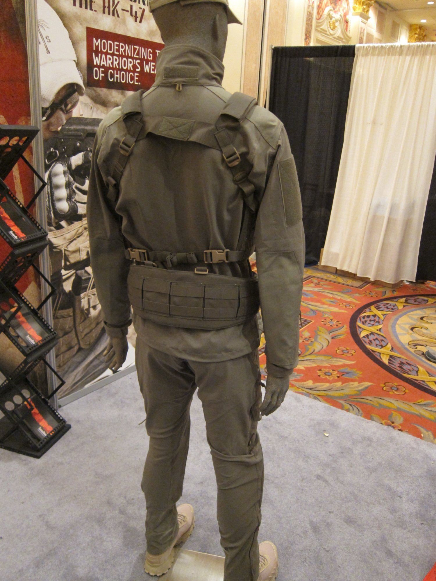 SOD Gear Special Operations Department Gear Max Valente Italian Tactical Combat Clothing TangoDown SHOT Show 2012 1 17 2012 DefenseReview.com DR 6 SOD Gear/SOD USA Stealth ADP Battle Jacket and Pants Made with Schoeller Performance Fabric: High Tech Combat Clothing for Military Special Operations Forces (SOF) and Civilian Tactical Shooters