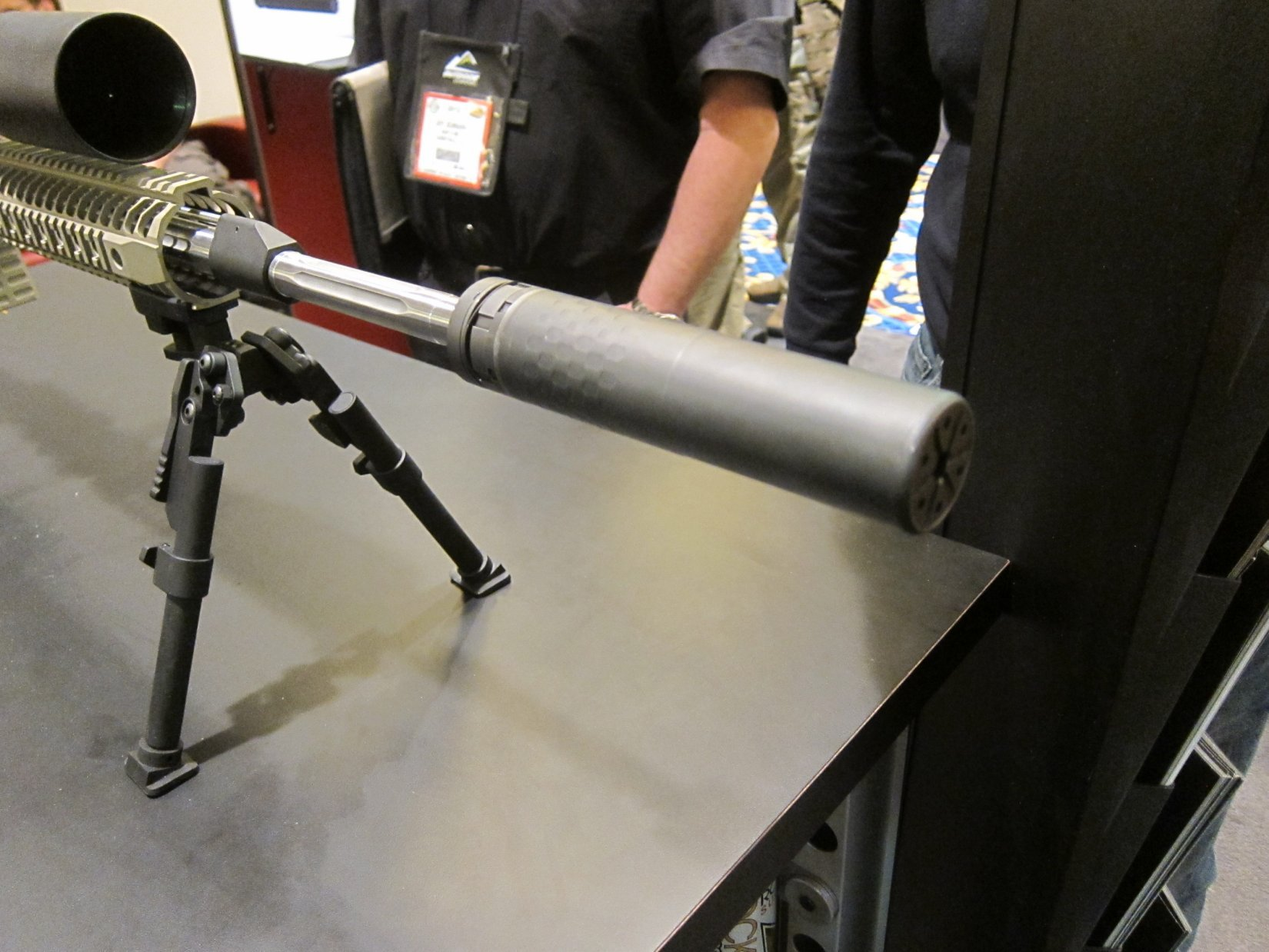 Silencerco 5.56 Saker 5.56mm NATO Silencer Sound Suppressor at SHOT Show 2012 DefenseReview.com DR 9 Silencerco Saker 5.56 Modular/Universal 5.56mm Rifle Silencer/Sound Suppressor with Trifecta Fast Attach Mount and Trifecta RS Flash Hider/Suppressor at SHOT Show 2012: Most Innovative and Modular 5.56mm Muzzle Can Ever? (Video!)