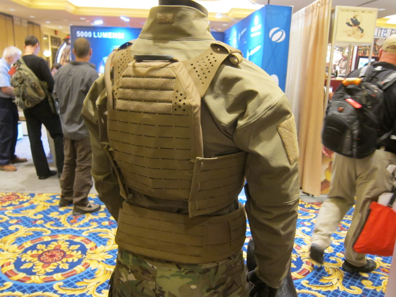 ArmorWorks Modular Plate Carrier MPC Tactical Armor Plate Carrier Alex Gallo SHOT Show 2012 DefenseReview.com DR 3 ArmorWorks Modular Plate Carrier (MPC): Scalable High Tech Minimalist/Low Profile Tactical Armor Plate Carrier (Military Body Armor) with SOURCE Tactical Hydration/Water Bladder System and Super Strong Polymer Non MOLLE MOLLE/PALS Webbing System and Shoulder Straps at SHOT Show 2012 (Video!)
