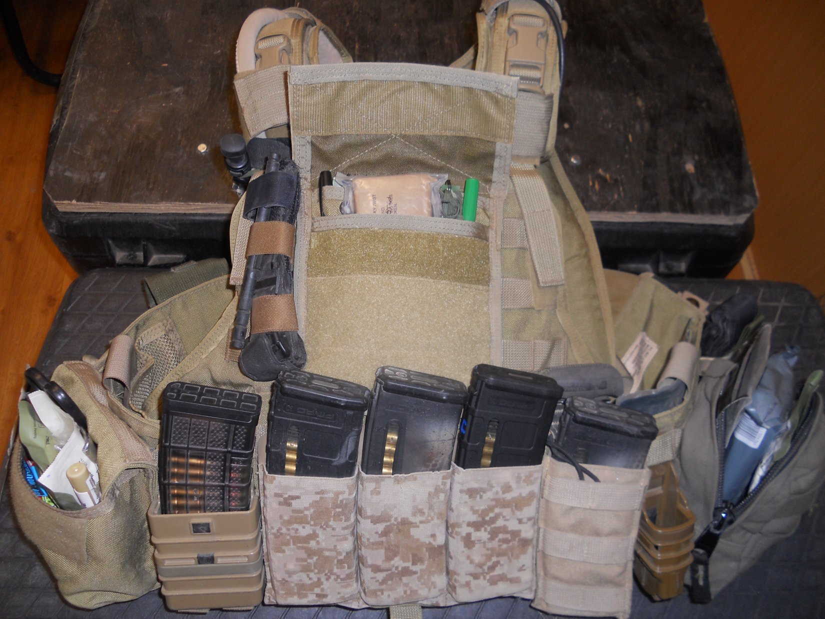 IFAK Individual First Aid Kit Tactical Medicine Combat Medicine Jeff Gurwitch Pic E Individual First Aid Kit (IFAK): Tactical Medicine/Combat Medicine Kit for Military Infantry, Special Operations Forces (SOF) and Civilian Tactical Shooters!
