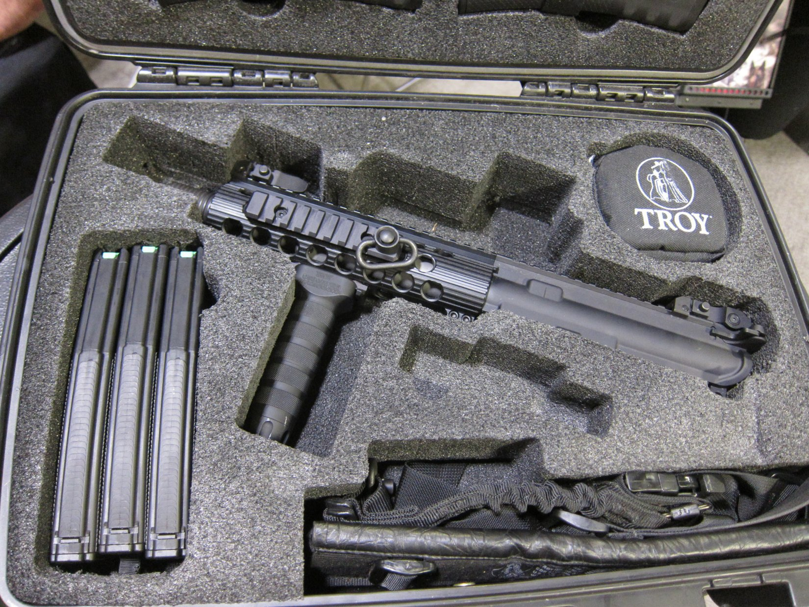Troy Industries M7 Tactical AR 15 SBR Upper Receiver Lower Receiver Upgrade Kit SOFIC 2012 DefenseReview.com DR 2 Troy Industries M7 Upper Receiver/Lower Receiver Upgrade Kit for Tactical AR 15 Carbine Lowers (Video!)