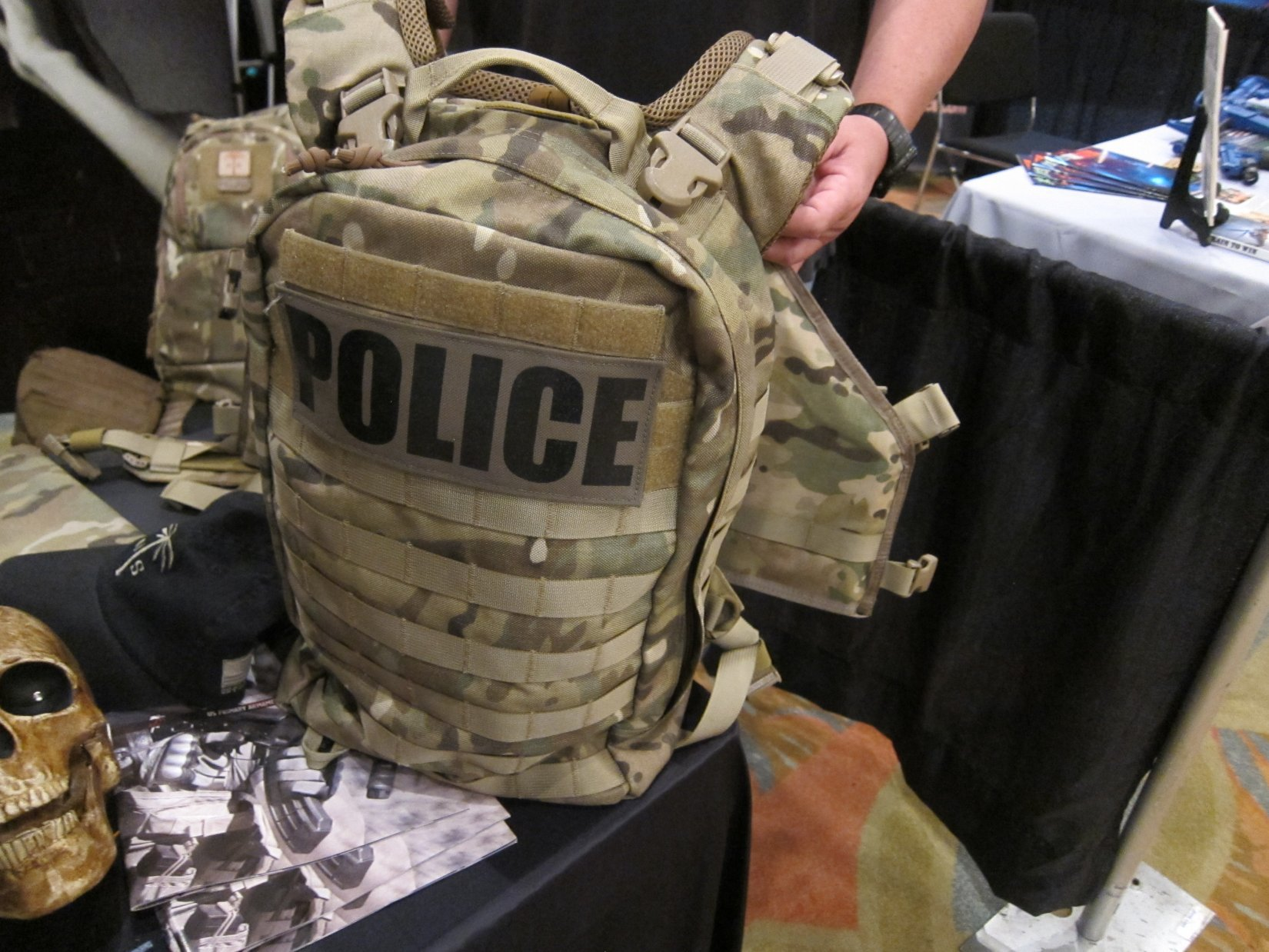 US Palm Draco Hardened Backpack HBP Tactical Pack Multi Platform Attack Rack MPAR Tactical Armor Plate Carrier Body Armor with Horse Collar System HALO Counterterrorism Summit 2012 DefenseReview.com DR 2 US Palm Draco Hardened Backpack (HBP Tactical Pack)/Multi Platform Attack Rack (MPAR) Tactical Armor Plate Carrier (Body Armor) System with Enhanced Harness System (EHS) Collar: Meet the Agile Combat System (ACS) (Video!)