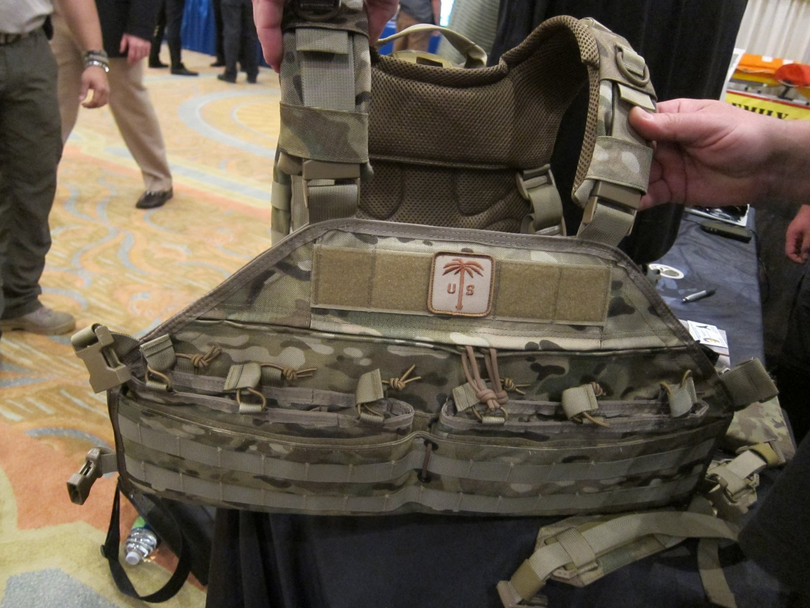 US Palm Draco Hardened Backpack HBP Tactical Pack Multi Platform Attack Rack MPAR Tactical Armor Plate Carrier Body Armor with Horse Collar System HALO Counterterrorism Summit 2012 DefenseReview.com DR 3 US Palm Draco Hardened Backpack (HBP Tactical Pack)/Multi Platform Attack Rack (MPAR) Tactical Armor Plate Carrier (Body Armor) System with Enhanced Harness System (EHS) Collar: Meet the Agile Combat System (ACS) (Video!)