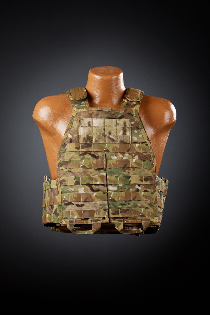 "Hardpoint Equipment Axis Modular Armor System AMAS Tactical Body Armor Plate Carrier 1 SKD Tactical PIG ""BRIG"" Brigandine Plate Carrier Systema vs. Hard Point Equipment Axis Modular Armor System (AMAS) Tactical Armor Carrier (Body Armor): A Cursory Comparative Rundown"