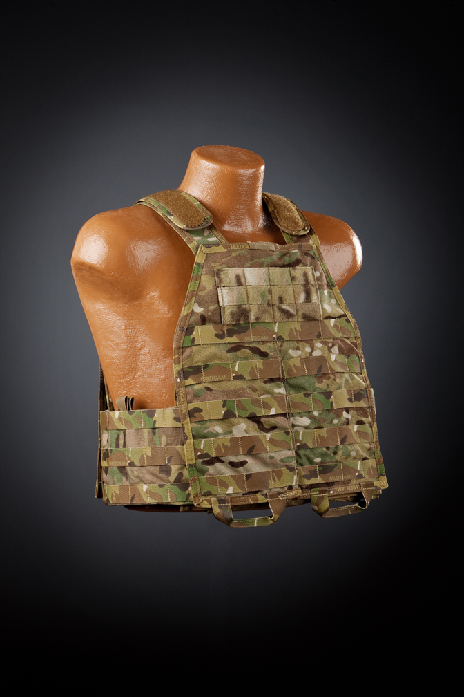 "Hardpoint Equipment Axis Modular Armor System AMAS Tactical Body Armor Plate Carrier 6 SKD Tactical PIG ""BRIG"" Brigandine Plate Carrier Systema vs. Hard Point Equipment Axis Modular Armor System (AMAS) Tactical Armor Carrier (Body Armor): A Cursory Comparative Rundown"