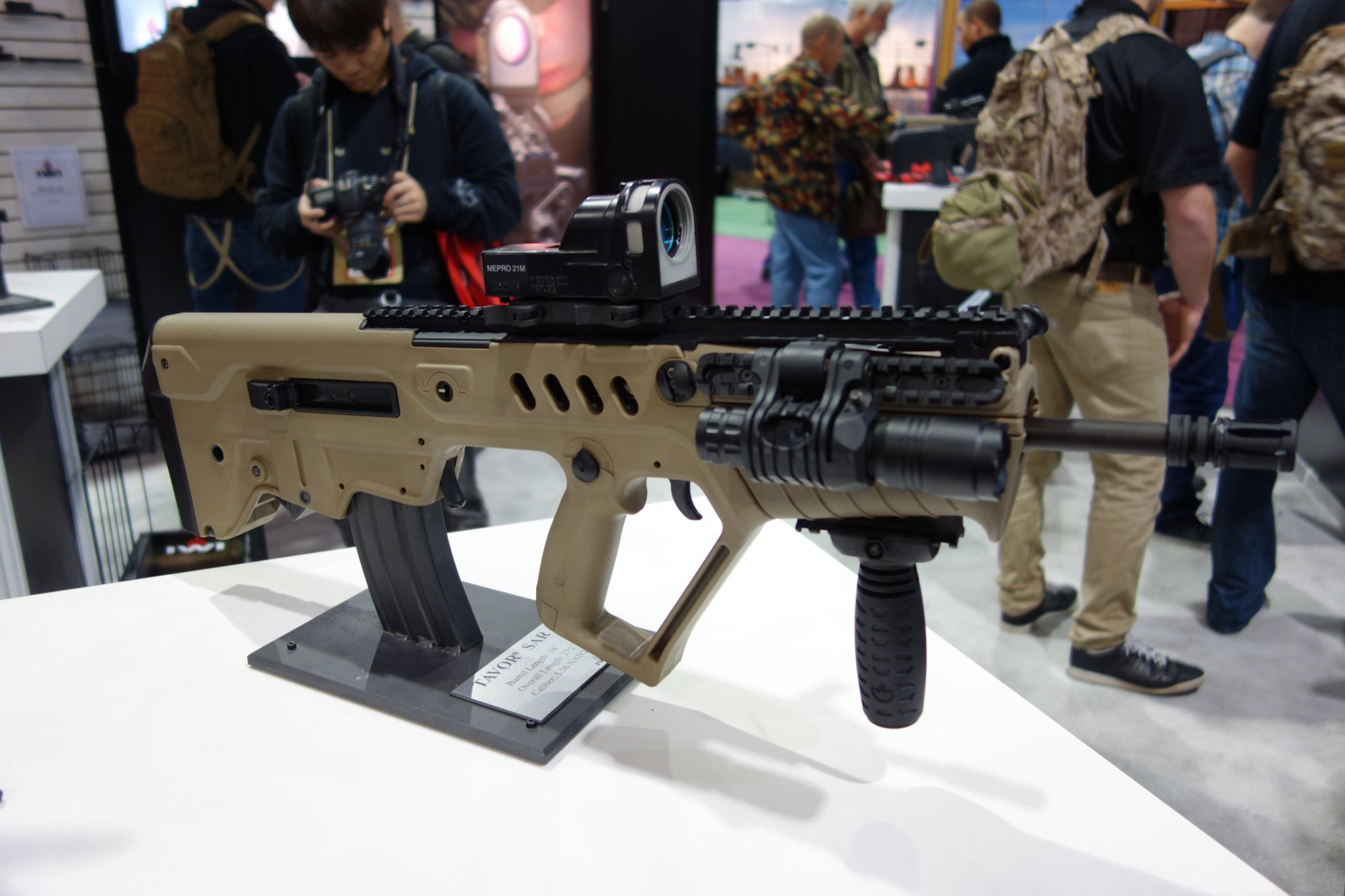 Israel Weapon Industries IWI Tavor SAR Semi Auto Only Tactical Carbine Rifle IWI Tavor TAR 21 Assault Rifle Carbine SHOT Show 2013 David Crane DefenseReview.com DR 21 Israel Weapon Industries IWI TAVOR SAR Bullpup 5.56mm Tactical Carbine/Rifle Series: IWI TAR 21 Goes Semi Auto Only, Civilian Legal and into US Production! (Video!)