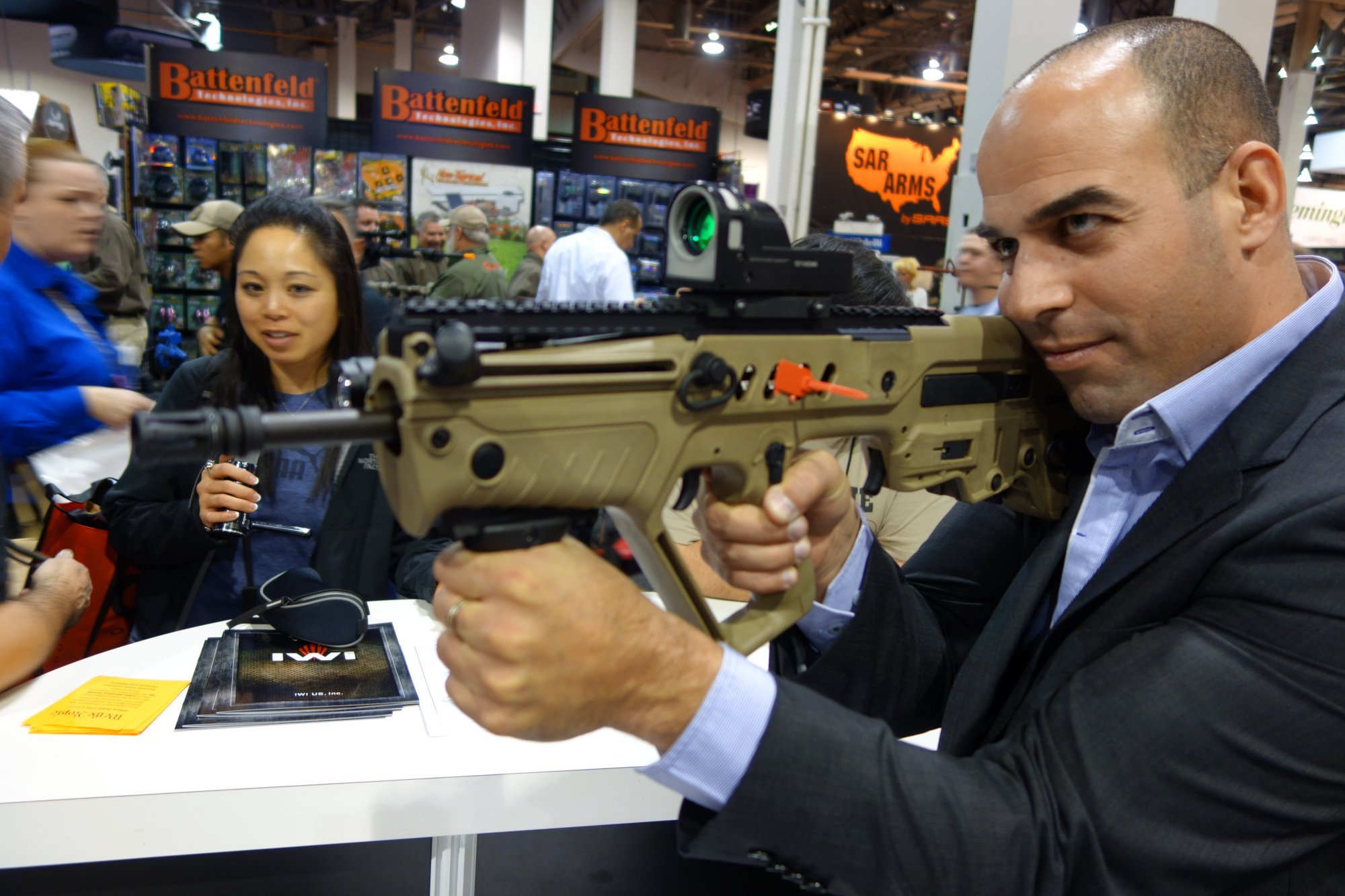 Israel Weapon Industries IWI TAVOR SAR Bullpup 5.56mm Tactical Carbine/Rifle Series: IWI TAR-21 Goes Semi-Auto-Only, Civilian-Legal and into US Production! (Video!)