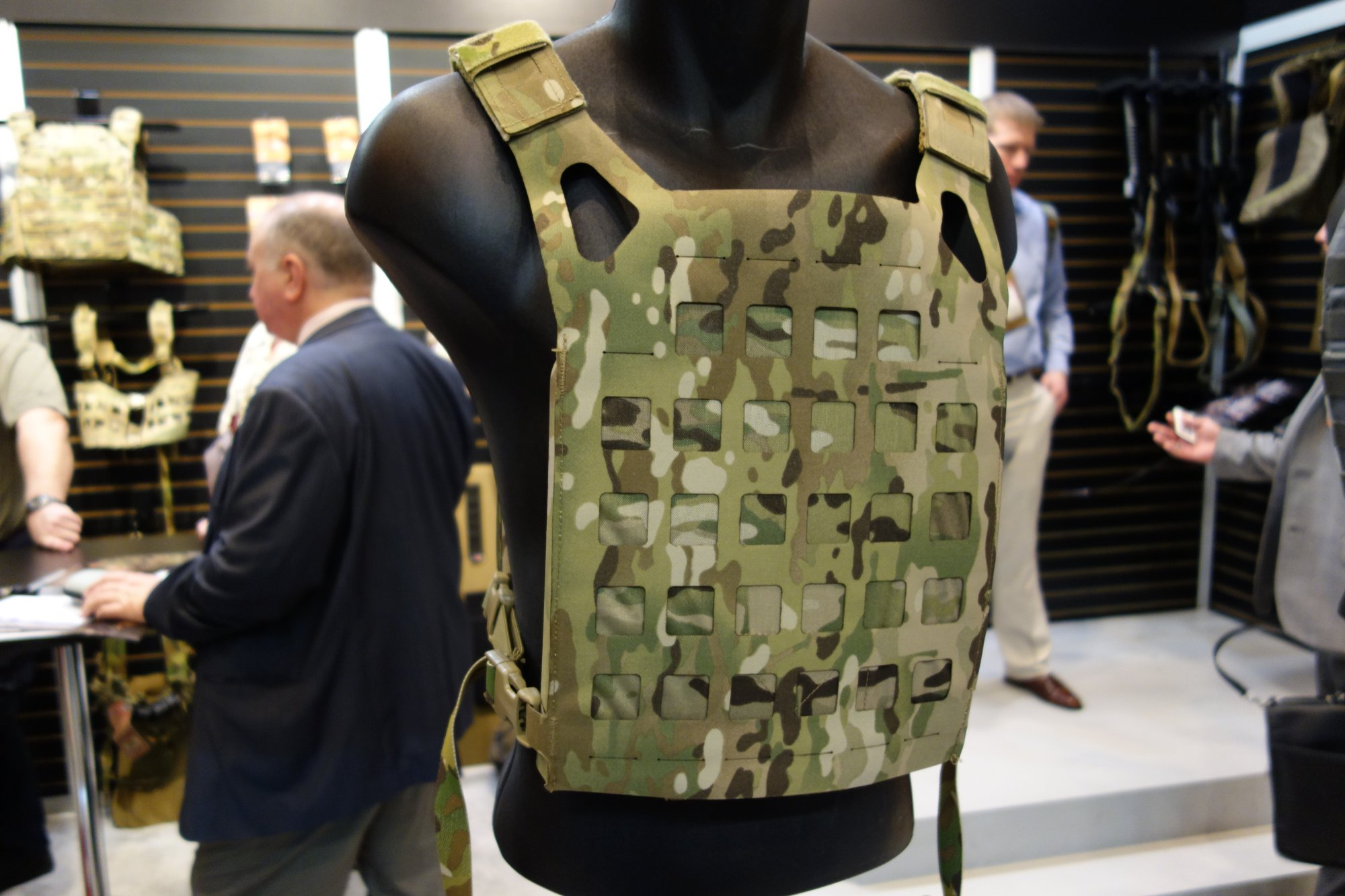 Blue Force Gear BFG PLATEminus Ultra Lightweight Low Profile Low Visibility Tactical Armor Plate Carrier with MOLLEminus and ULTRAcomp Crye MultiCam Camo Pattern at SHOT Show 2013 David Crane DefenseReview.com DR 1 Blue Force Gear (BFG) PLATEminus Ultra Lightweight Low Profile/Low Visibility Tactical Armor Plate Carrier and BELTminus and SPLITminus Battle Belt/Chest Rig/Harness Systems with MOLLEminus Cutaway MOLLE System and ULTRAcomp Laminate: Tactical Body Armor Goes Super Minimalist