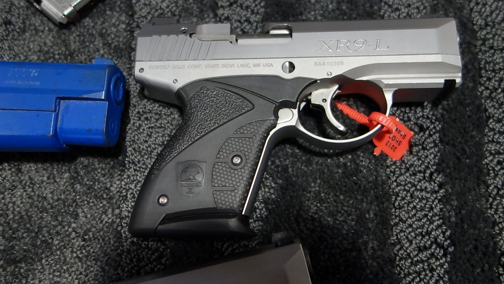 Boberg Arms XR9 L Long Stroke 9mm Sub Compact Semi Auto Pistol with Rotating Barrel SHOT Show 2013 David Crane DefenseReview.com DR 6 Boberg Arms XR9 L Long Stroke, Rotating Barrel Sub Compact Semi Auto 9mm Pistol for Concealed Carry (CCW): Big Gun Ballistic Performance in a Small Package! (Video!)