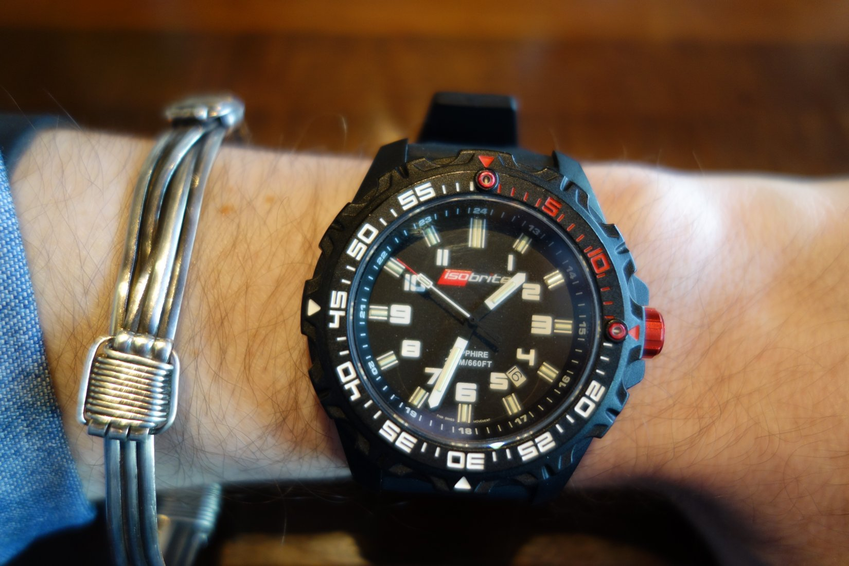 ArmourLite IsoBrite Tactical Watch Diving Watch T100 Tritium H3 Illumination Miami David Crane DefenseReview.com DR 1 ArmourLite IsoBrite Hard Use Tactical Watch/Diving Watch with T100 Tritium Illumination for Military and Law Enforcement Tactical Operations, Maritime Operations and Civilian Tactical Shooting (Video!)