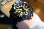 ArmourLite_IsoBrite_Tactical_Watch_Diving_Watch_T100_Tritium_H3_Illumination_Miami_David_Crane_DefenseReview.com_(DR)_2
