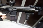 SIG_SAUER_MCX_(Mission_Configurable_Weapon_System)_Dual_Gas_Piston_Op-Rod_AR-15_Carbine_SBR_Short_Barreled_Rifle_SOFIC_2013_David_Crane_DefenseReview.com_(DR)_4