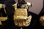 Crye_Precision_Adaptive_Vest_System_AVS_Assault_Configuration_Mission-Configurable_Modular_Tactical_Armor_Plate_Carrier_SHOT_Show_2013_David_Crane_DefenseReview.com_(DR)_1