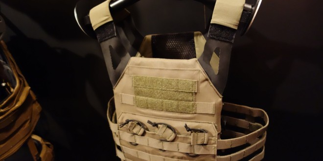 Crye Precision Jumpable Plate Carrier (JPC) Minimalist Tactical Armor Plate Carrier/Tactical Vest (Body Armor) for Military Special Operations Forces (SOF) Missions