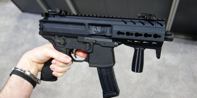 SIG SAUER MPX KeyMod Multi-Cal Machine Pistol/Mini Submachine Gun (SMG)/PDW (Personal Defense Weapon) with Silencer/Sound Suppressor at NDIA SOFIC 2014 (Photos!)