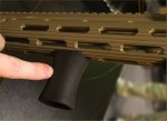 Unity_Tactical_UT_Direct-Mount_VFG_Tapered_and_Flared_Stubby_Vertical_Foregrip_(VFG)_SHOT_Show_2014_David_Crane_DefenseReview.com_(DR)_4_rotated_cropped