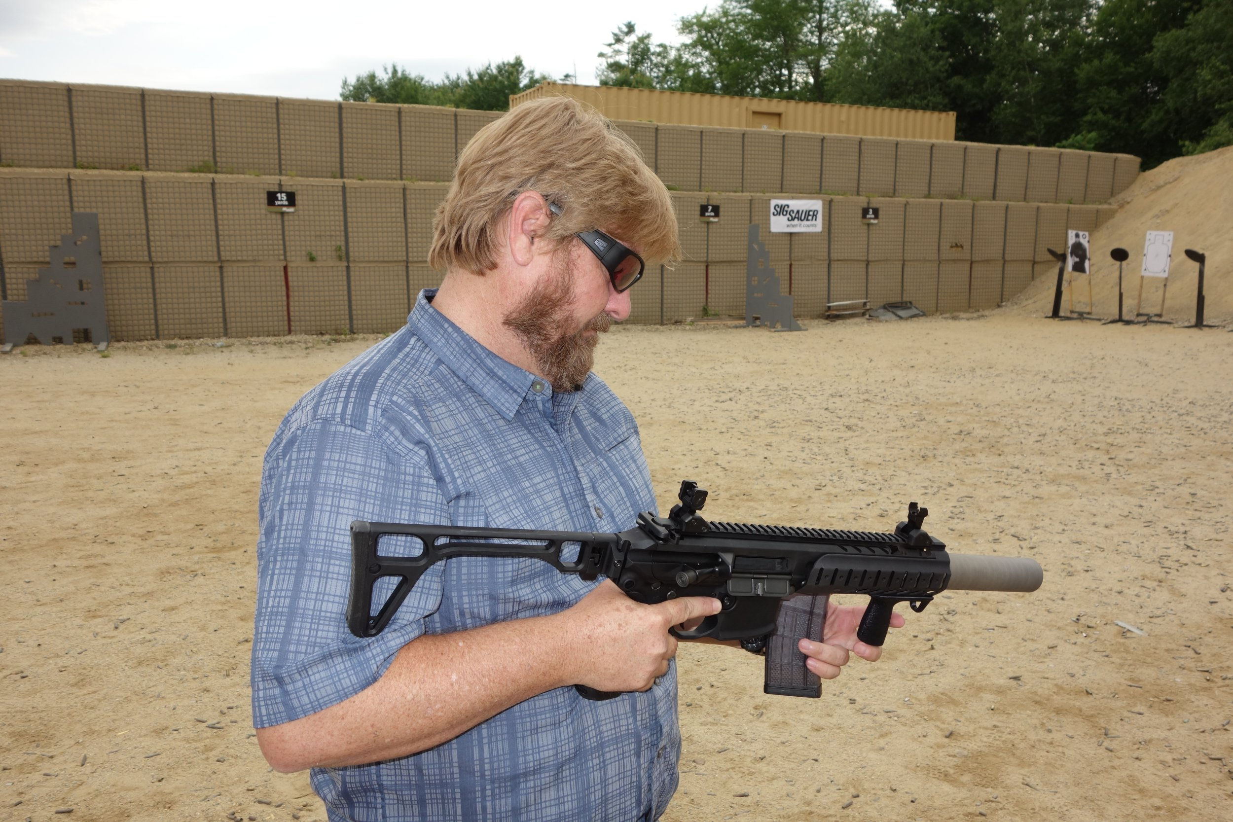 SIG SAUER SIG MCX Multi Caliber AR Assault Rifle Carbine SBR 300 Blackout 300BLK Suppressed SIG SAUER Academy New Media Writers Event 2014 David Crane DefenseReview.com DR 4 SIG MCX LVAW (Low Visibility Assault Weapon) Black Mamba Suppressed 300 Blackout (300BLK) Piston AR Assault SBR/PDW (Short Barreled Rifle/Personal Defense Weapon) Fired on Full Auto and Semi Auto with Subsonic and Supersonic Ammo During SIG SAUER New Media Writers Event (Video!)