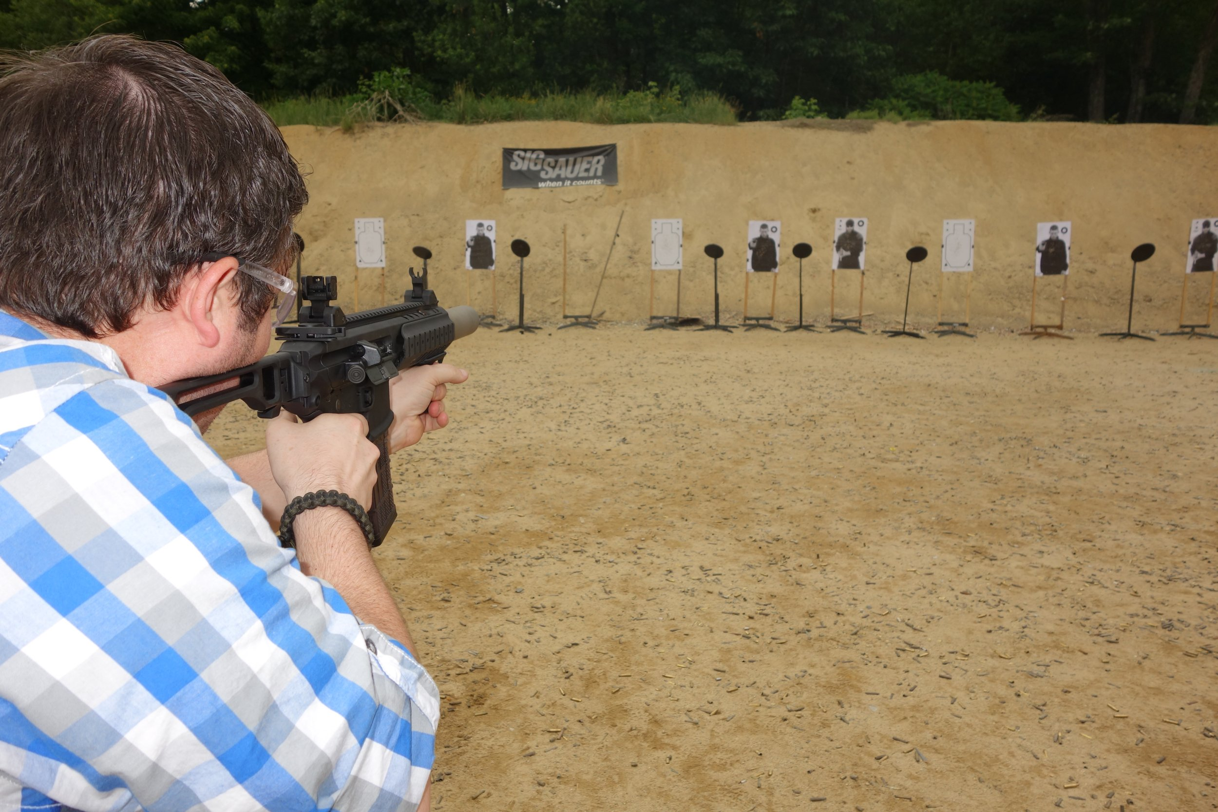 SIG SAUER SIG MCX Multi Caliber AR Assault Rifle Carbine SBR 300 Blackout 300BLK Suppressed SIG SAUER Academy New Media Writers Event 2014 David Crane DefenseReview.com DR 8 SIG MCX LVAW (Low Visibility Assault Weapon) Black Mamba Suppressed 300 Blackout (300BLK) Piston AR Assault SBR/PDW (Short Barreled Rifle/Personal Defense Weapon) Fired on Full Auto and Semi Auto with Subsonic and Supersonic Ammo During SIG SAUER New Media Writers Event (Video!)