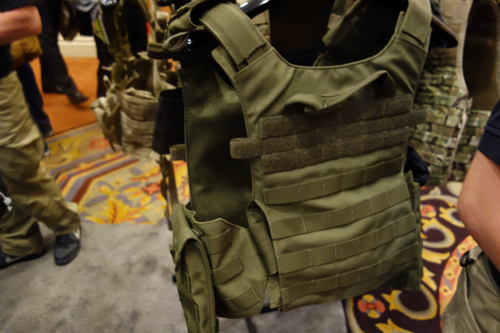 Condor Gunner Lightweight Plate Carrier Quick Release Tactical Armor Plate Carrier Body Armor Tactical Vest Henry Ko Condor Outdoor Products SHOT Show 2014 David Crane DefenseReview.com DR 4 Condor Gunner Lightweight Plate Carrier: Minimalist Quick Release Tactical Armor Plate Carrier/Tactical Vest (Body Armor) for Tactical Operations