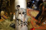 Otte_Gear_Aluminum_Bottle_WWII-Style_Pin-Up_Girl_with_FN_MK_46_Mod_1_LMG_SAW_Graphic_Bottle_by_Liberty_Bottleworks_SHOT_Show_2014_David_Crane_DefenseReview.com_(DR)_4
