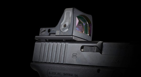 Strike Industries SI Gun Universal (Optics) Mount (GUM) for Mounting Mini Red Dot Combat Optics/Reflex Sights like Trijicon RMR and DOCTER Sight III on Glock Pistols