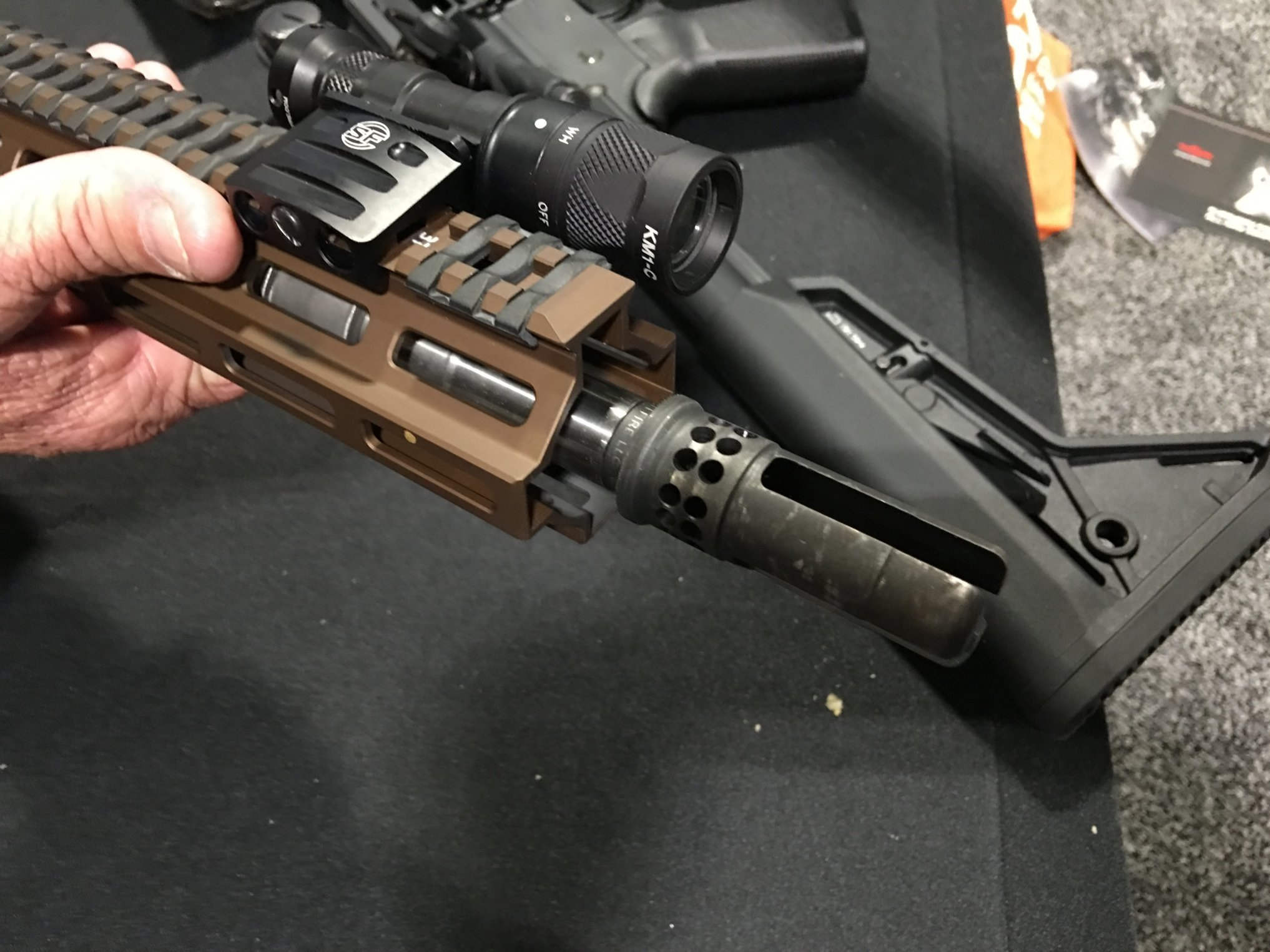 SureFire WARCOMP-556 Flash Hider Directionally-Controlled