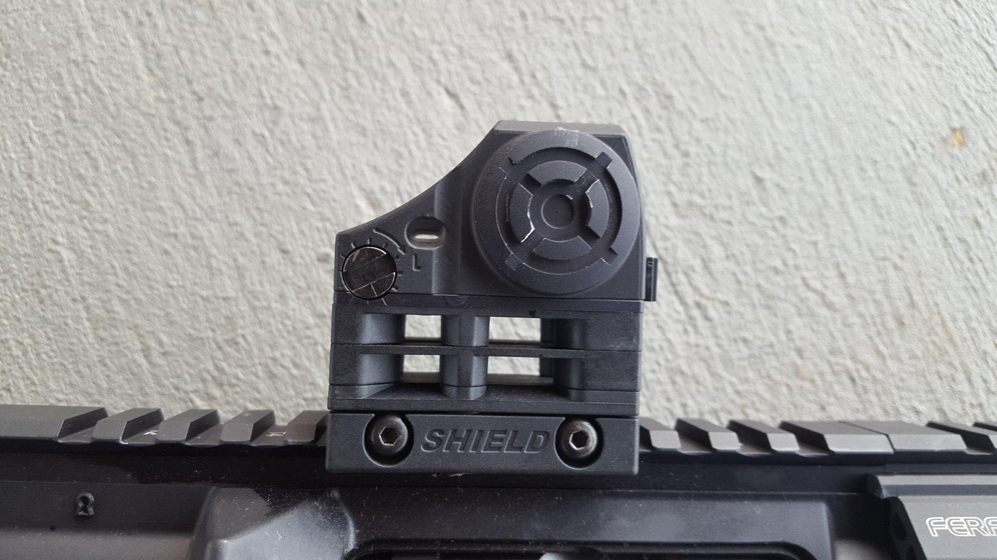 shield red dot