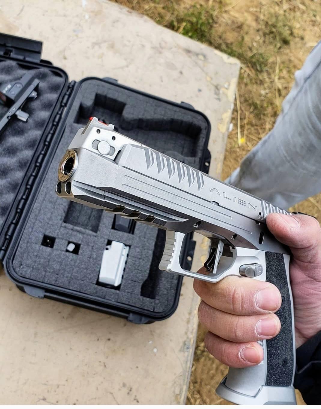 Laugo Arms Alien 9mm Combat/Tactical Pistol: Delayed-Blowback Gas