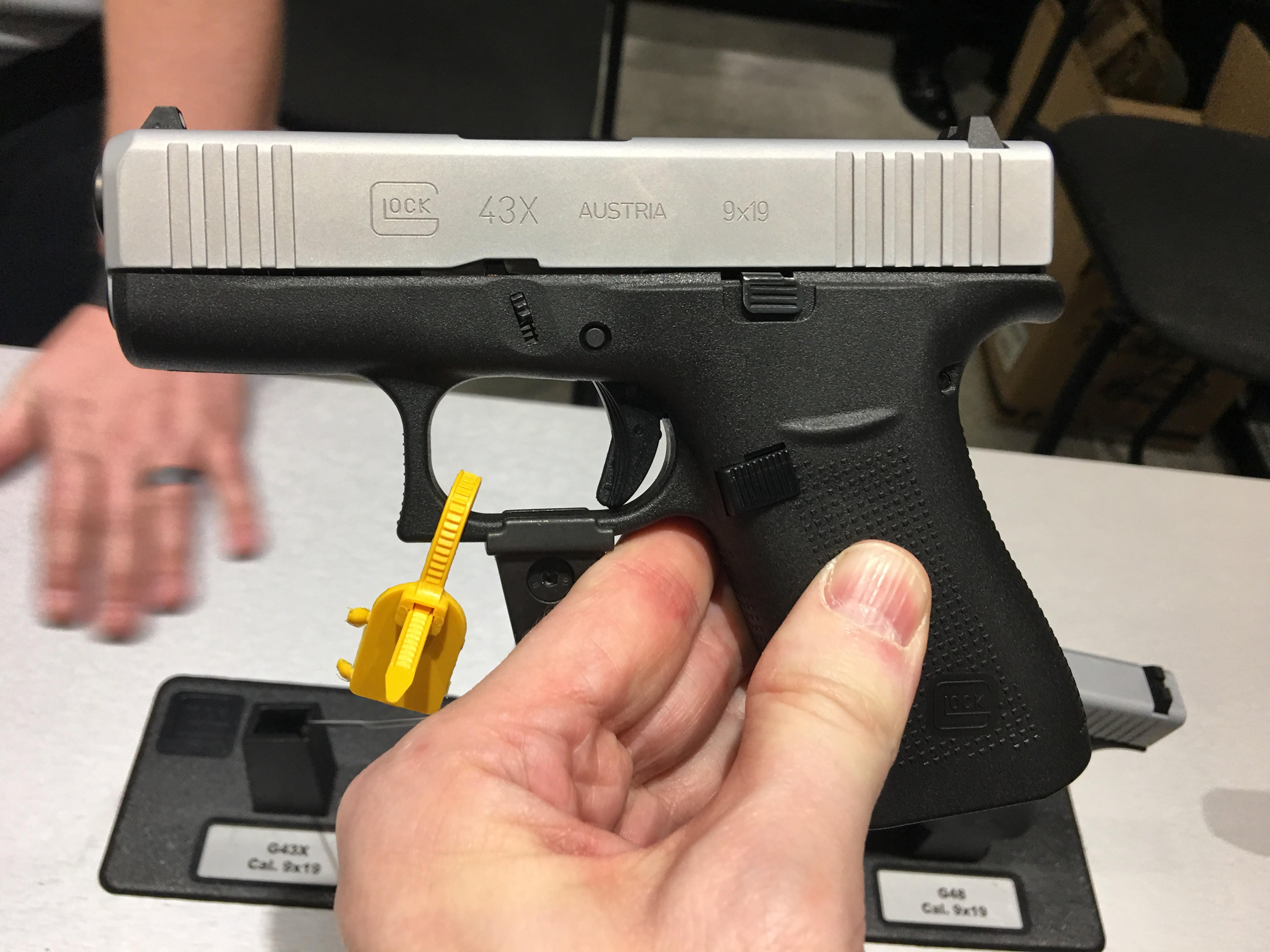 Glock 43X (G43X) Simline, Single-Stack Sub-Compact/Compact