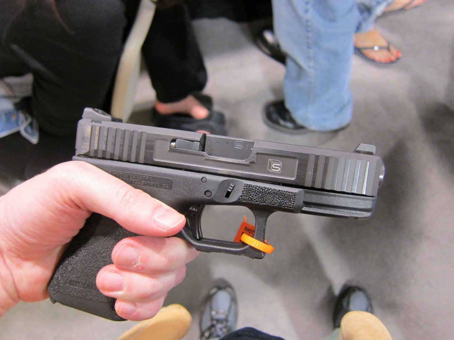 <!--:en-->Salient Arms International (SAI) Custom Pistols, Rifles, and Shotguns for Competition and Carry Displayed at SHOT Show 2011 <!--:-->