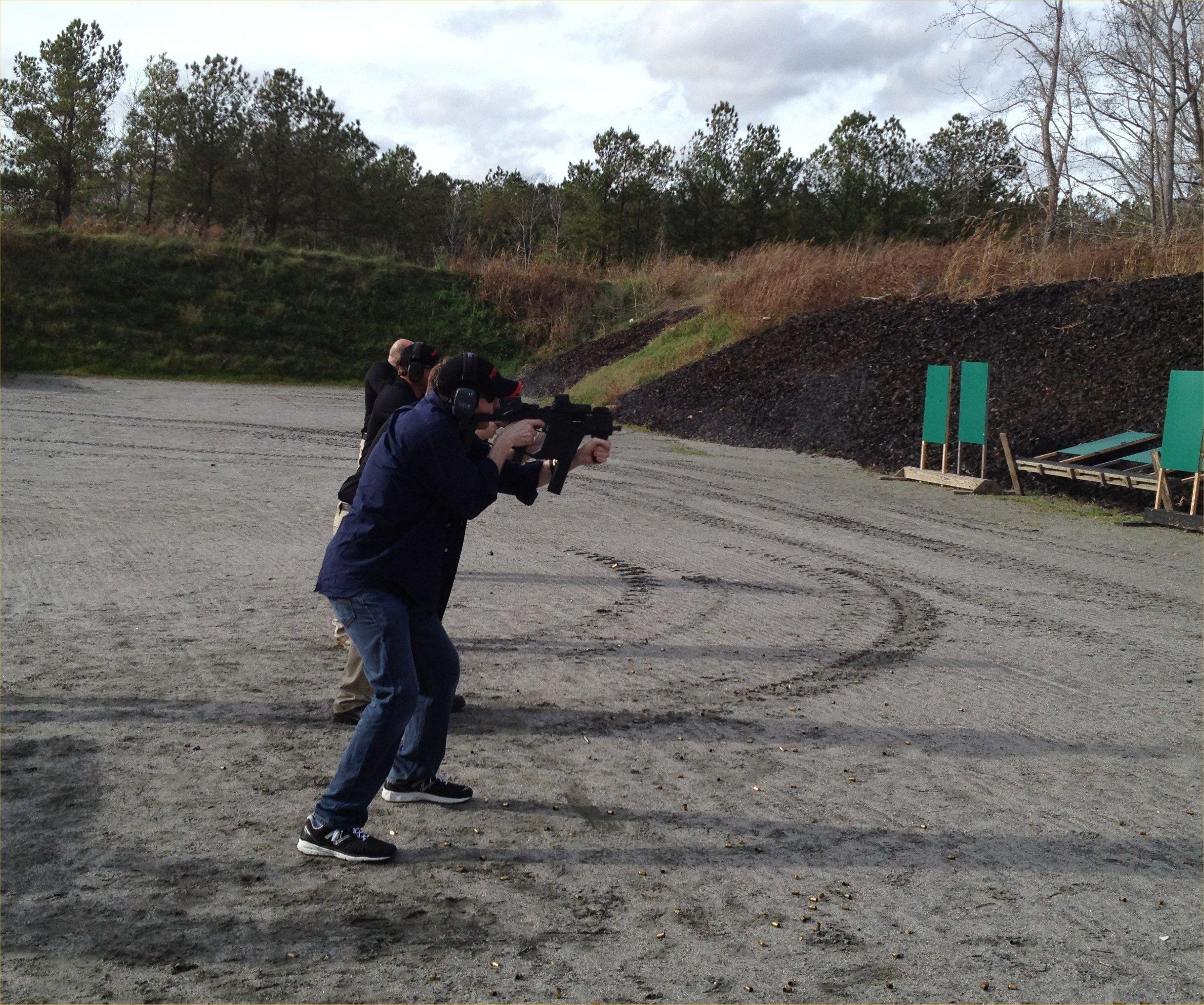 DR Runs KRISS Vector SMG .45 ACP Submachine Gun at the Range in Virginia Beach (Videos!)
