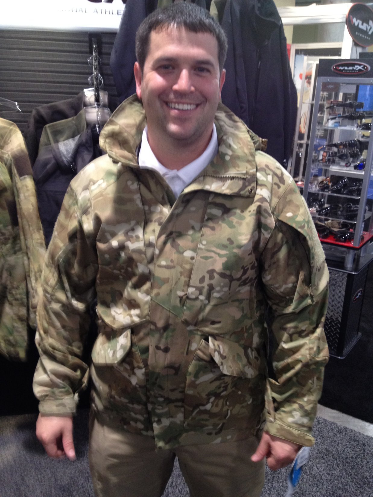 Vertx MultiCam Smock (Tactical Smock)/Hoodie Shell: Combat Smock/Tactical Jacket with Six (6) Internal/Integral 5.56mm Rifle Mag Pouches for Tactical Shooters! (Video!)