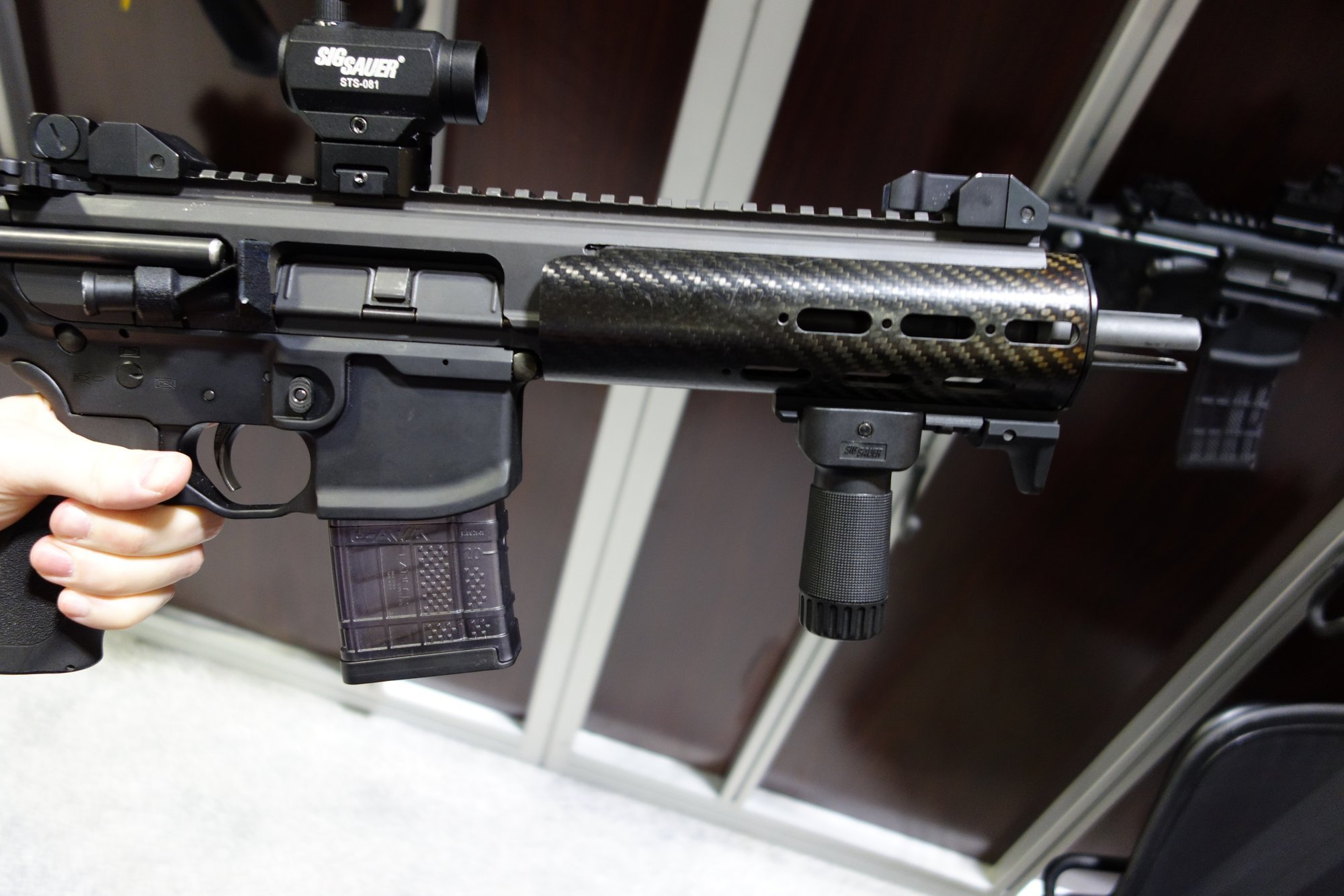 SIG Sauer MCX (Mission-Configurable Weapon System) Dual-Piston/Op-Rod 5.56x45mm NATO and 7.62x39mm Russian AR-15 Short Barreled Rifle (SBR)/PDW/Carbine with Integral Suppressor Introduced at NDIA SOFIC 2013! (Photos!)