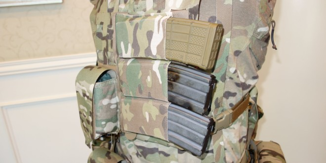 Blue Force Gear BFG Ten-Speed Horizon Horizontal 5.56mm AR-15/M4/M4A1 Rifle Mag (Magazine) Pouch/Carrier System for Faster Mag Changes/Weapon Reloads from Your Tactical Armor Plate Carrier: Made with Super-Tough ULTRAcomp! (Video!)