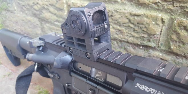 Shield CQS (Close Quarter Sight) Mini Red Dot Reflex Sight Combat Optic: Jeff Gurwitch Runs it at the Range, and Gives us his Initial Impressions! (Video!)